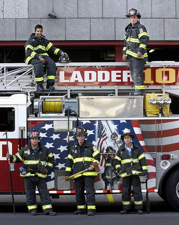 PATCH ENGINE 10 NEW YORK ON TOP OF THE WORLD TWIN TOWERS